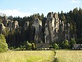Chalupy pod skalami - panoramio.jpg