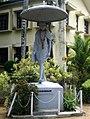 Changanassery Gandhi Statue.jpg