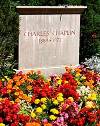 Charlie Chaplin grave.jpg