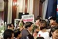 Cheer UP^ Joop Joop ชาว facebook เข้าคารวะและให้กำลั - Flickr - Abhisit Vejjajiva.jpg