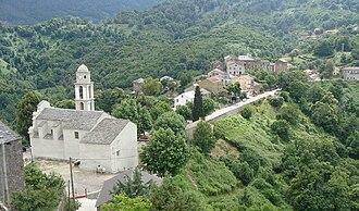 Chiatra - The church and surrounding buildings in Chiatra