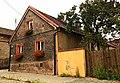 Chorzów, Plac Jana 5, jeden z domów w zespole osady robotniczej (układ przestrzenny pl. św. Jana), 1 poł. XIX w. Nr ID 639273.jpg