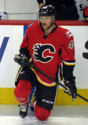 Chris Breen (ice hockey) - Breen with the Flames.