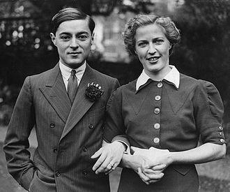 Chula Chakrabongse - Prince Chula with Elizabeth Hunter in 1936