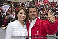 Cierre de campaña de Enrique Peña Nieto en el Estadio Azteca, 24 junio 2012. (7442833112).jpg