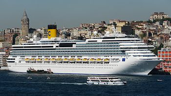 Costa Serena In Istanbul September 2, 2010.jpg