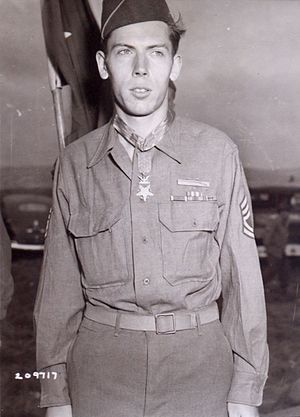 Francis S. Currey - Currey wearing his Medal of Honor in 1945