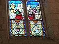 Détail de l'un des vitraux de l'église de Vieux.jpg