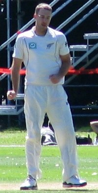 Daniel Vettori, Dunedin, NZ, 2009.jpg