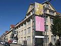 Das Zentrum für Kunst und Medientechnologie (ZKM) in Karlsruhe von der Lorenzstraße.jpg
