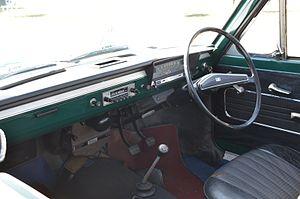 Nissan Sunny - Datsun Sunny (B10) interior