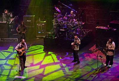 Picture of a band or musician: Dave Matthews Band