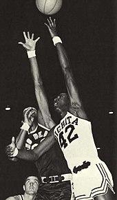 Wichita State Shockers men's basketball - Wikipedia