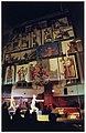 De beelddrager, met o.a. een tableau van schilderijen, als voorstelling in de Waalse Kerk. Het concept hiervan is bedachty door de kunstenaar Max Koning. NL-HlmNHA 54037104.JPG