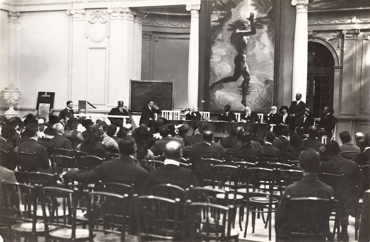 Deuxième Congrès Panafricain, au Palais Mondial, à Bruxelles en septembre 1921 01.jpg