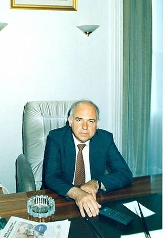 Dimitri Kitsikis - Kitsikis at his office inside the Çankaya Köşkü Presidential Mansion in Ankara, Turkey, 1990, when he was an adviser to Turkish President Turgut Özal.