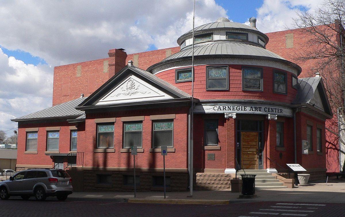 Dodge City Public Library - Wikipedia