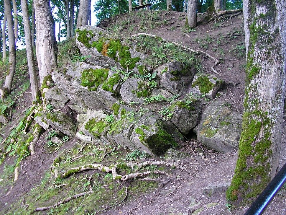 Dolomite rocks at Kaali main crater.2