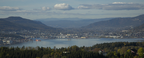 Drammen from east.png