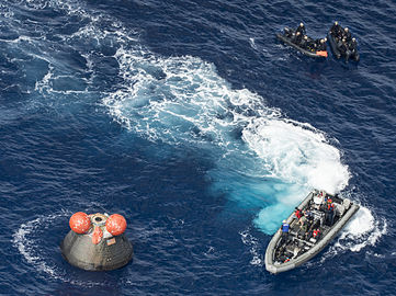 NASA Navy practice Orion recovery in the Pacific Ocean