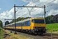 Ellecom IC Zwolle door NS 1752 geduwd (14484076477).jpg
