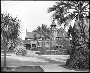 Sumner Hunt - E.L. Doheny mansion, University Park, Los Angeles (1910).