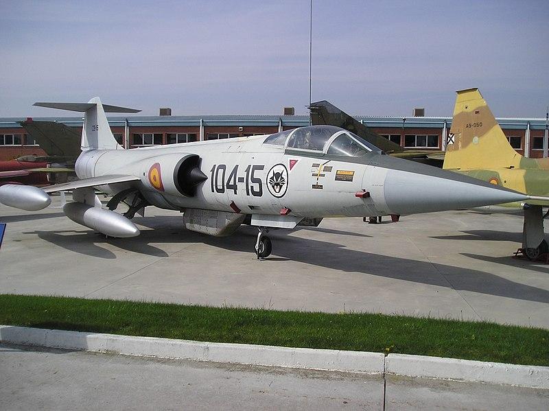 F-104G Starfighter (Museo del Aire de Madrid) (6).jpg