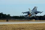 F-16 Fighting Falcon 150206-Z-WT236-087.jpg