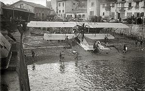 F-CFBA in San Sebastian, 1920.jpg