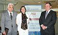 FIRMA CONVENIO TEC CON UNIVERSIDAD DE ARIZONA DR RAMIREZ DRA ISABEL STUDER PRESIDENTE MICHAEL CROW.jpg