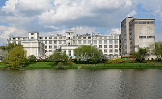 E. Wedel - Wedel factory in Warsaw's Praga South district viewed from Kamionowski Lake