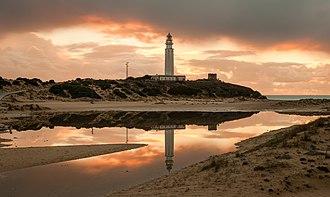 Barbate - Image: Faro de Trafalgar al atardecer
