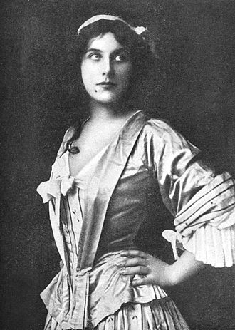 Manon - Geraldine Farrar in the title role