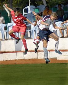 https://upload.wikimedia.org/wikipedia/commons/thumb/0/0c/Female_Football_2007_Military_World_Games.jpg/220px-Female_Football_2007_Military_World_Games.jpg