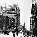 Fifth Avenue and Waldorf-Astoria, 1900.jpg