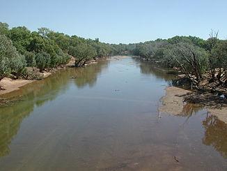 Ein Kanal des Fitzroy River in der Trockenzeit 2006. Blick nach Norden von der Willare Bridge aus.