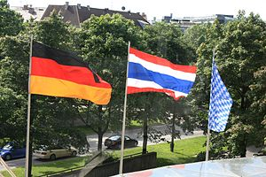 Foreign relations of Thailand - Flags of Thailand, Germany and Bavaria for the visit of prime minister Yingluck Shinawatra in Munich 2012