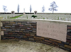 Flers cimetière militaire (A.I.F. Burial Ground) 1.jpg
