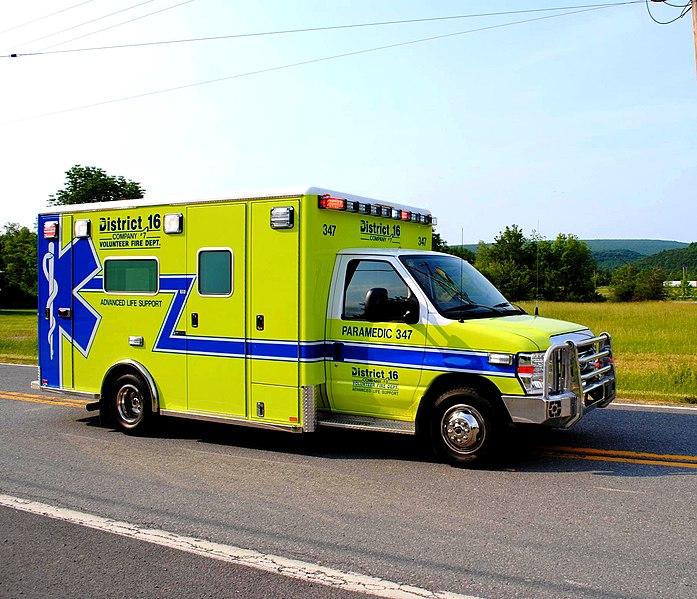 File:Flintstone, MD Fire & EMS Parade 3 June 2011 (5878749191).jpg