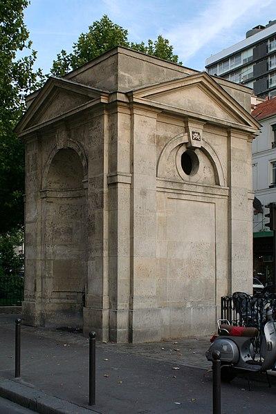 Fichier:Fontaine de Montreuil.jpg