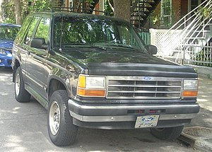 Ford Explorer - Ford Explorer XLT 2-door