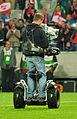 Fußballländerspiel Österreich-Ukraine (01.06.2012) Kameramann3.jpg