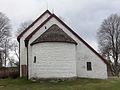 Gökhems kyrka Exterior Absid sakristia 2010-04-15 Bild 6.jpg