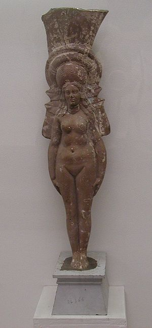 Tanagra figurine - Molded terracotta nude of a goddess, Alexandrian (Greco-Roman Museum, Alexandria)