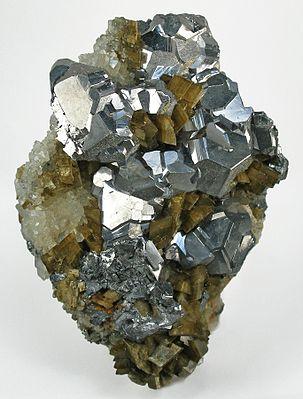 Galena-Quartz-Siderite-tuc1028a.jpg
