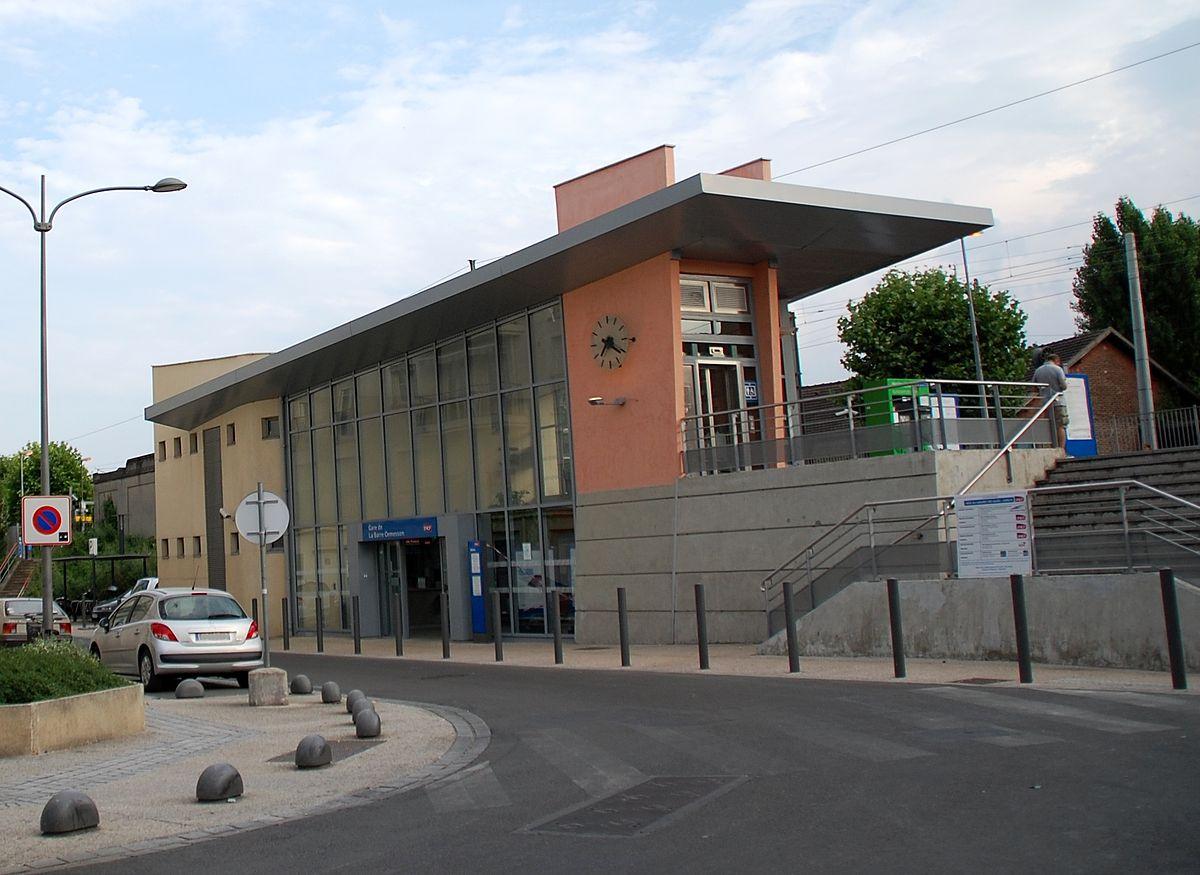 Gare de la barre ormesson wikip dia for Garage de la gare bretigny