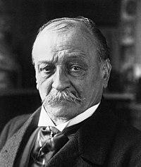 Georges Courteline 1921.jpg
