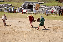 Gladiator eques show fight 02.jpg
