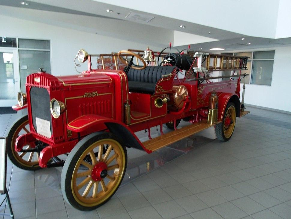 Glendale-1917 Nash Fire Truck