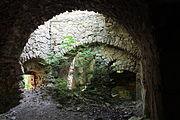 Gościszów Ruiny zamku ksiazecego pomieszczenia w przyziemiu 07.JPG